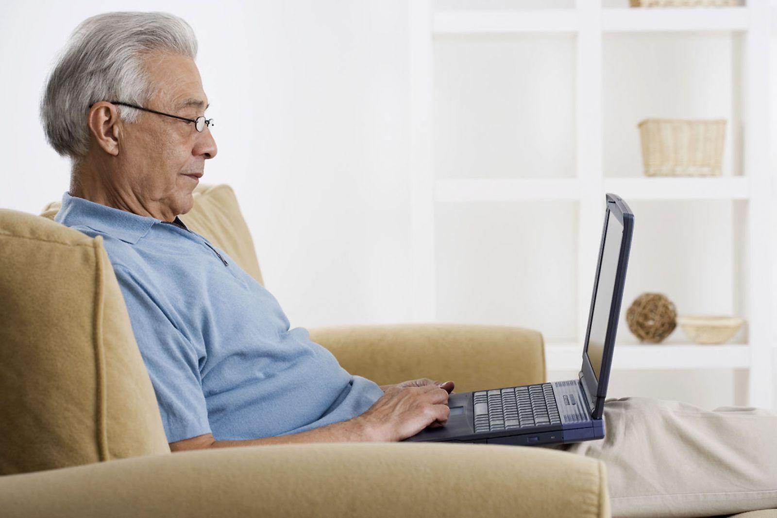 На сколько повысят пенсию в апреле 2017 неработающим пенсионерам
